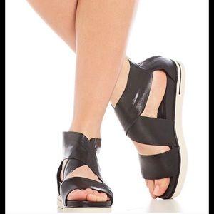 Sport Criss Cross Leather Banded Platform Sandals